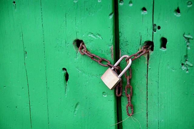 鍵でブロックする