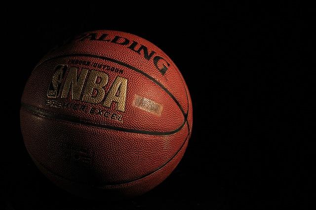 NBAのロゴ入りバスケットボール