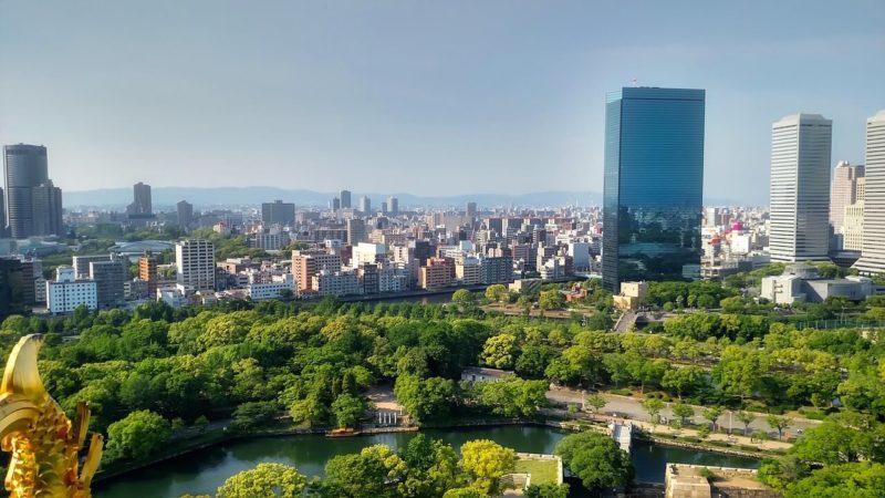 大阪府の高層ビル