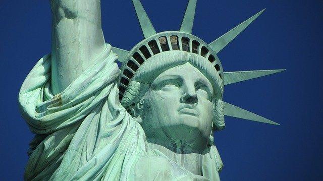 ニューヨーク自由の女神